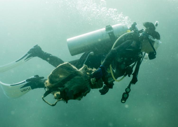 commercial scuba divers