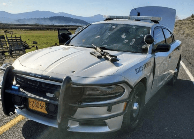 Oregon state trooper injured