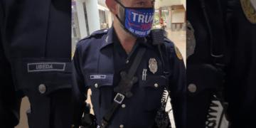 Trump mask