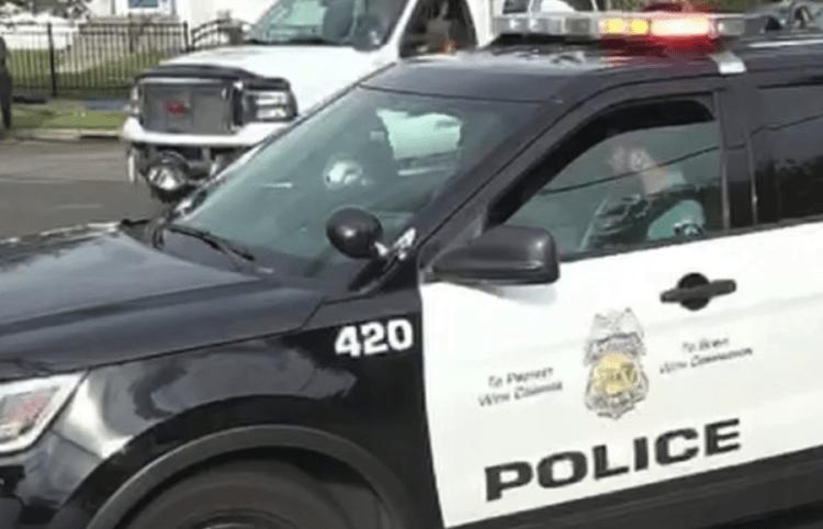 Minneapolis cuts police budget