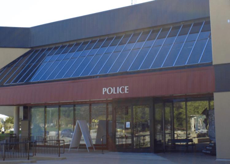 Michigan officer resigns